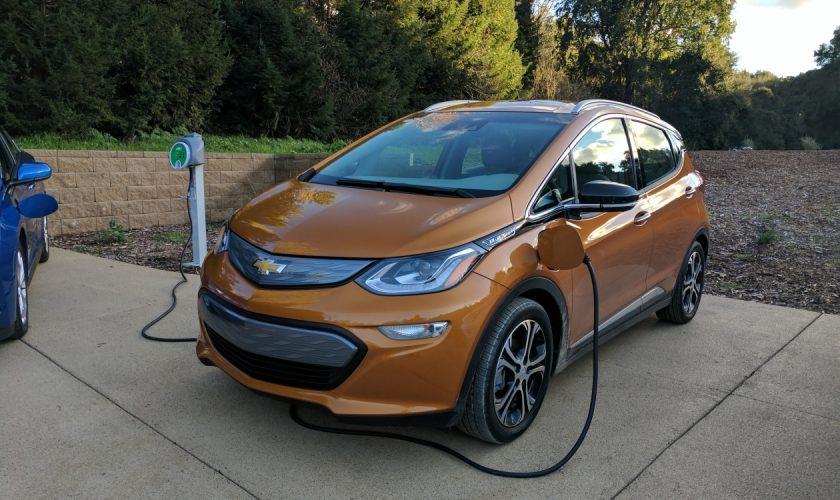Bolt EV carro da Chevrolet 100% elétrico com autonomia de 383Km